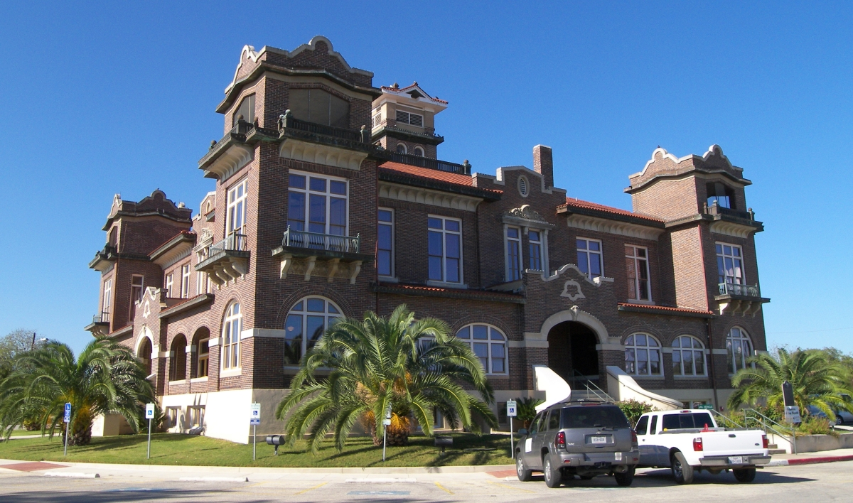 Atascosa County Courthouse